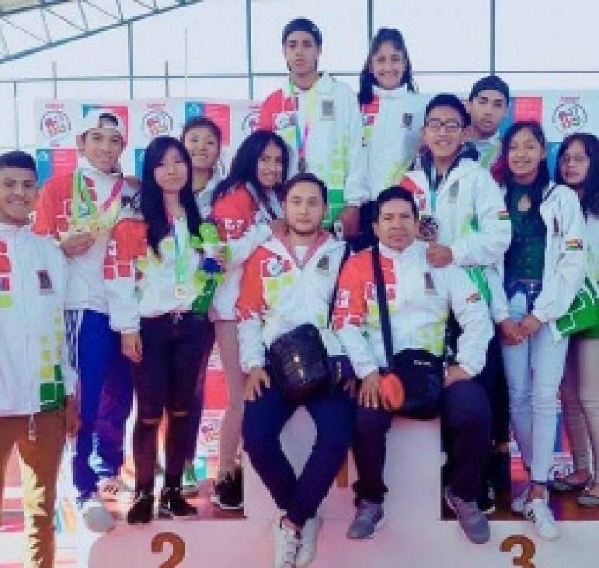 Parte de la delegación chuquisaqueña que participó en los Juegos.