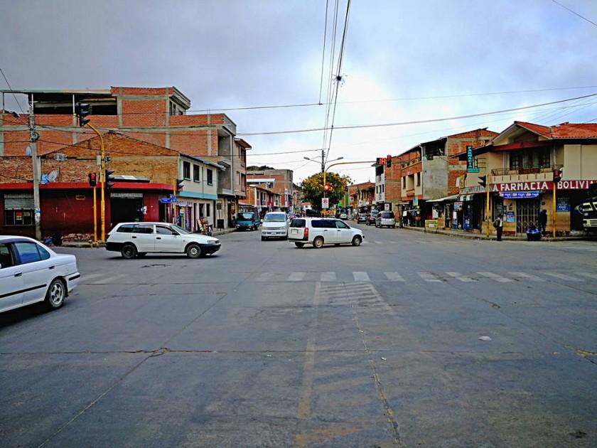 Aiquile se transformó desde el temblor de 1998. Sus construcciones antiguas se renovaron y son contadas las casas de...