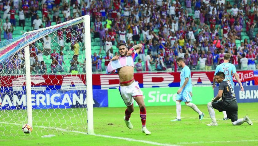 Júnior Brumado anotó el último gol para el Bahía, en el triunfo de anoche sobre Blooming.