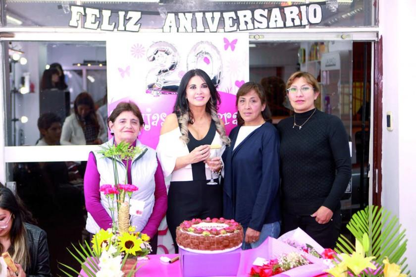 Teresa Poppe, Tatiana Zárate, Magaly Zambrana  y Gabriela Terceros.