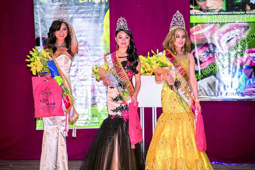 Cesia Zárate; Miss Plurinacional Chuquisaca, Sofía Aguilera; Señorita Ciudad Blanca, Carla Ustarez; Señorita...