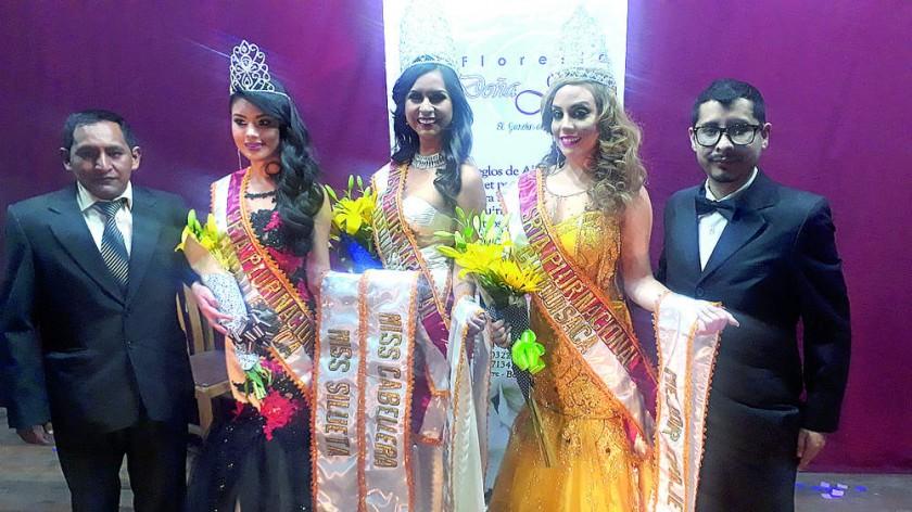 Fernando Quinteros, Sofía Aguilera, Cesia Zárate, Carla Ustarez y el maestro de ceremonia Marco Antonio Chumacero.
