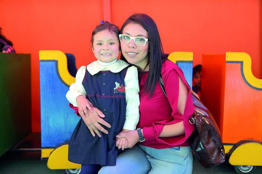 Valentina Espada y Karen Corrales.