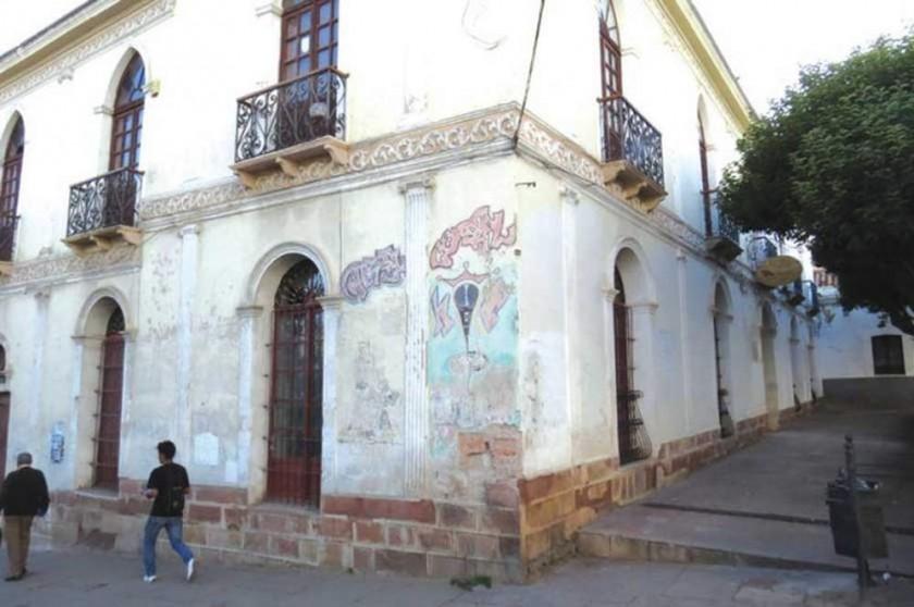 SEDE. Actualmente la Escuela Taller Sucre ocupa temporalmente el edificio del ex Hogar Carlos Beltrán.