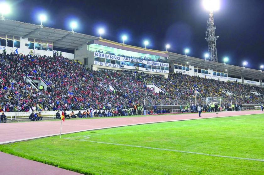 Hubo un lleno total en todos los sectores del estadio chuquisaqueño.