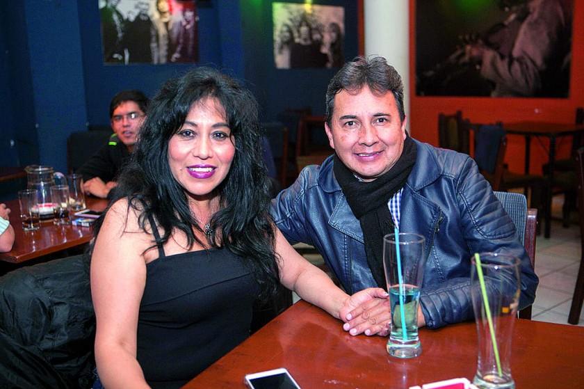 Rosemary Guillén y Víctor Téllez