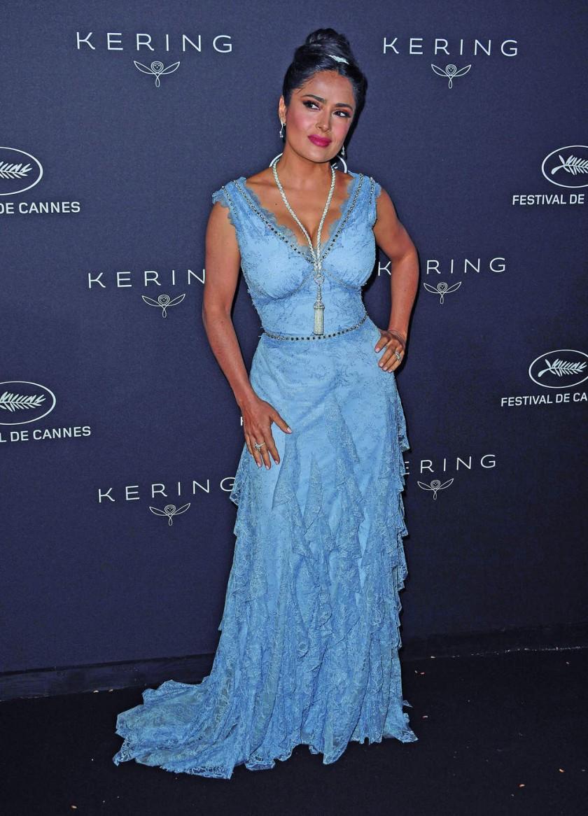 Salma Hayek asiste a la Cena de entrega de los Premios Kering Women in Motion, en Cannes EFE/EPA/Clemens...
