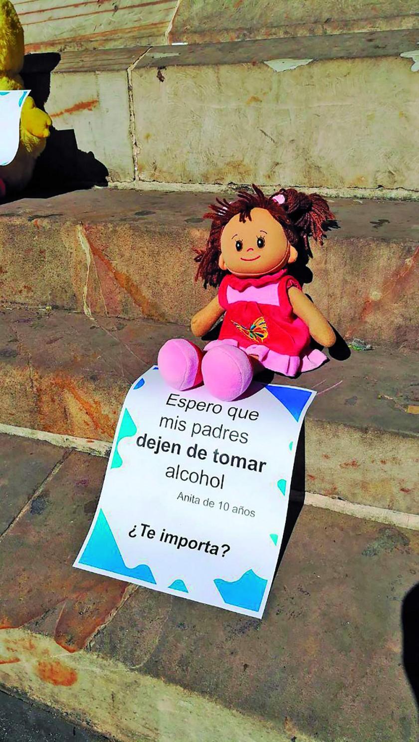 En Bolivia hay un millón de niños en riesgo de perder a sus familias