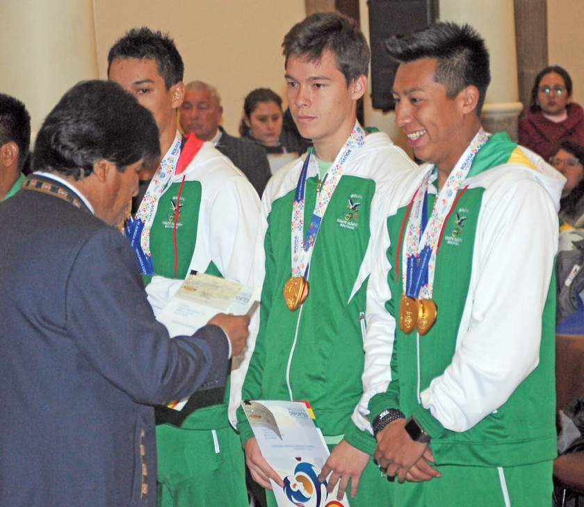 El equipo de raquetbol masculino