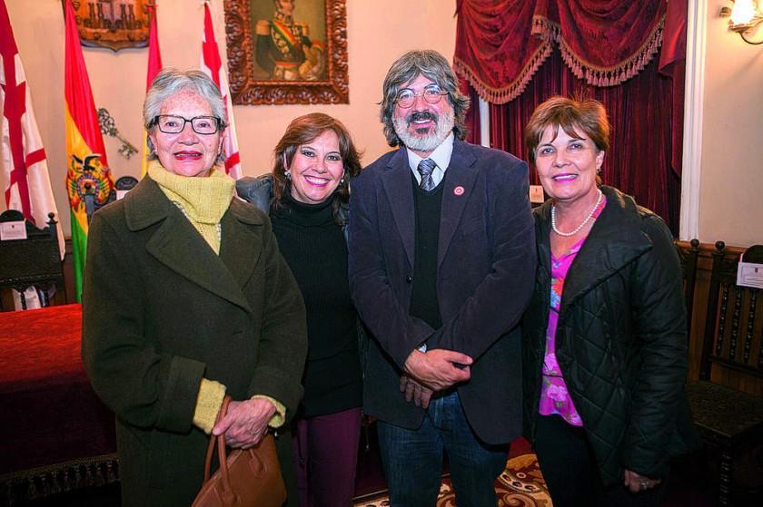 Malusa Chavarría, Elena Rodríguez, Bernardo Gantier y Rosario Rodríguez.