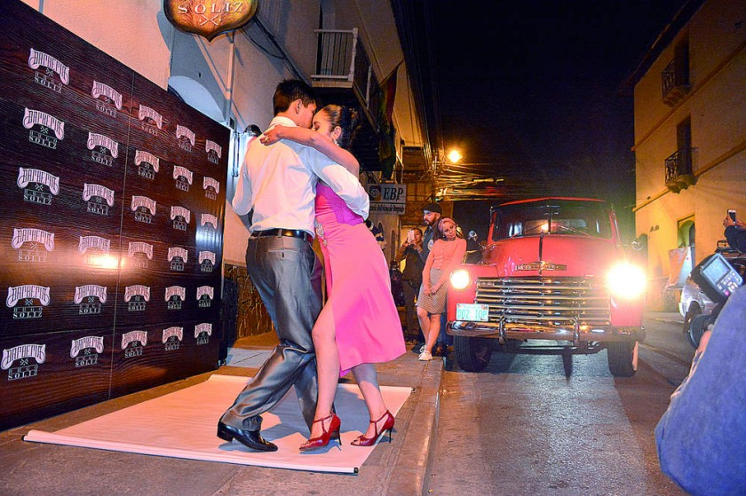 La noche  de tango.