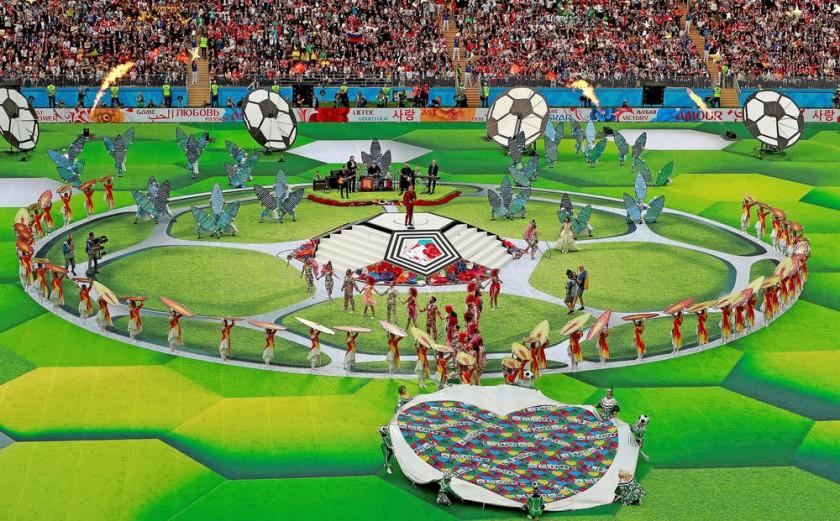 Un acto sencillo, pero colorido caracterizó la inauguración del Mundial Rusia 2018 ayer, en el estadio Luzhnikí de Moscú