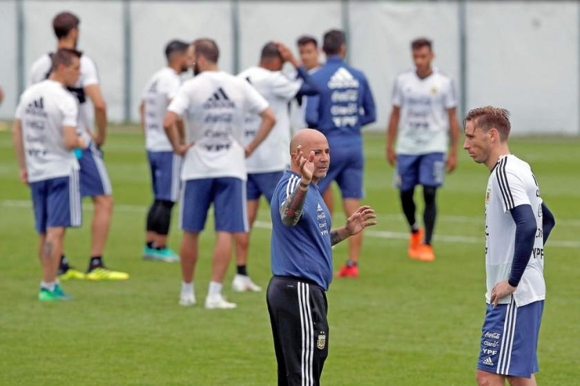Jugadores de la selección argentina durante uno de sus últimos entrenamientos antes de iniciar su participación en la...