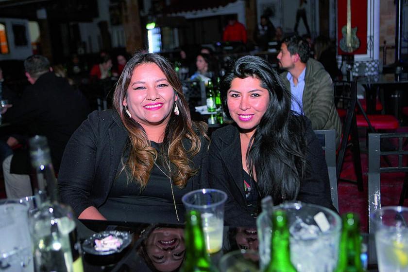 Amalia Cuiza y Guadalupe Encinas.