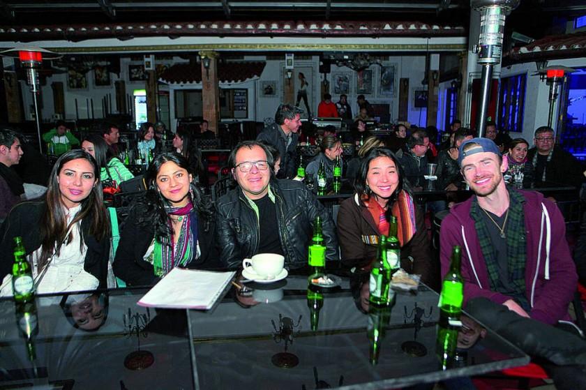Claudia, Marcela, Cori, Ivonne y Gon.