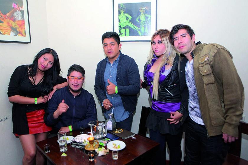 Noelia, Takiro,  Kevin, Karen y Rodrigo.