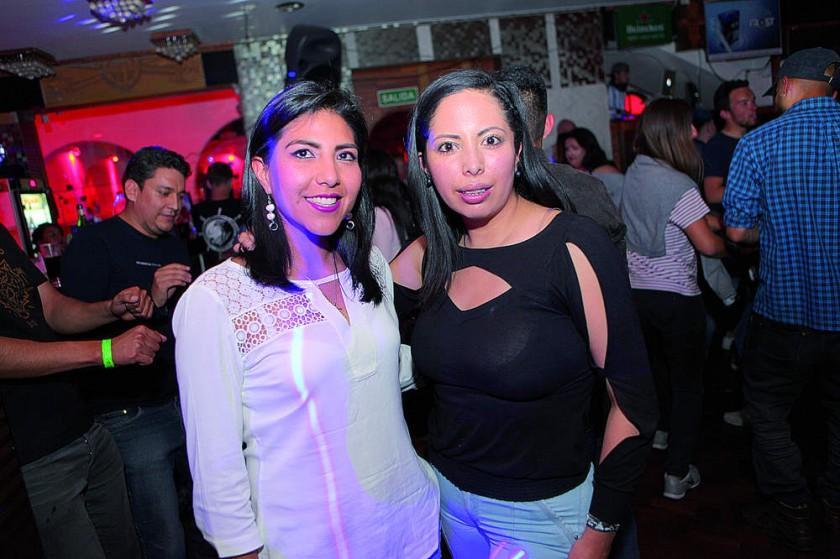 Marcela Reyes y Gabriela Rojas.