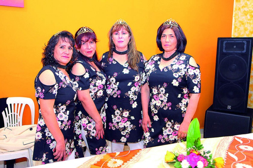 Ana María Sossa, Teresa Romero, Katie Serrudo y Vilma Serrudo.