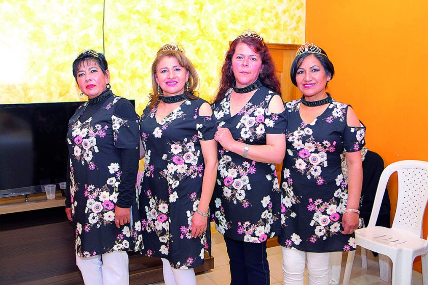 Carmen Téllez Cristina Valda, Gabriela Quiroga y Rosemary Zurita.