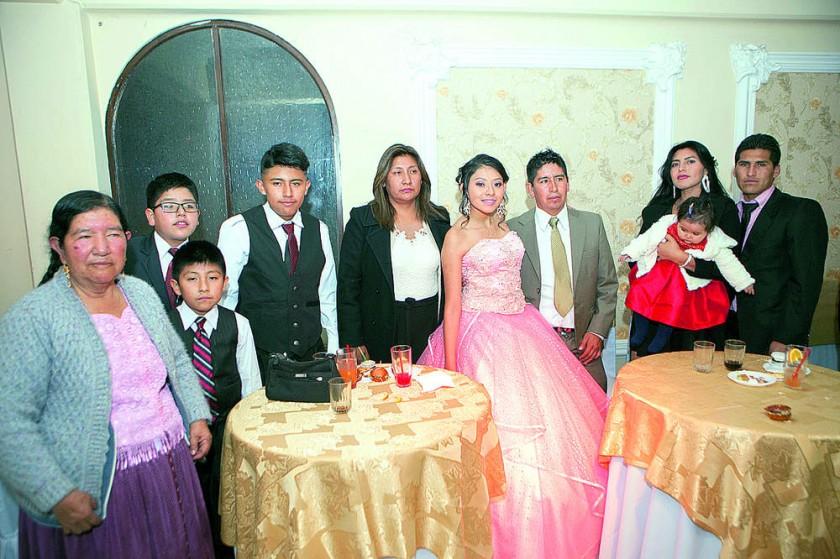Familia Cruz, primos y tíos.