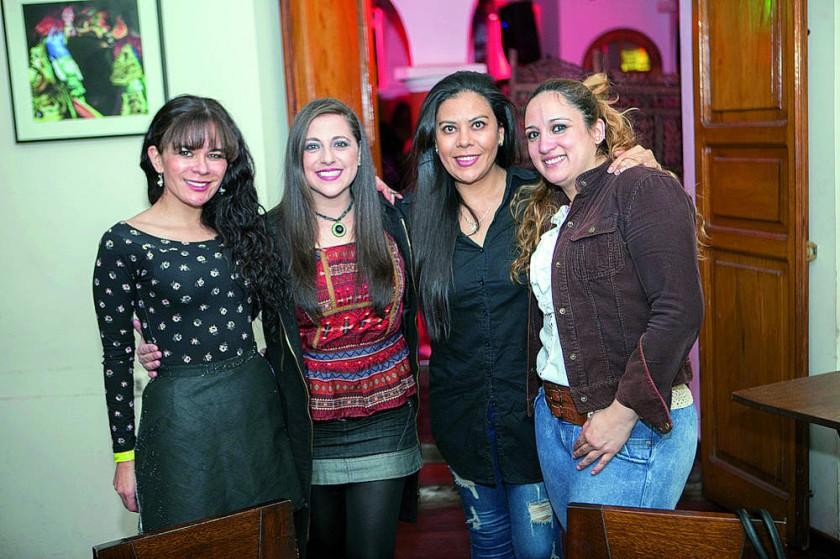 Verónica Viveros, Fabiola Raslán, Cecilia Barrón y Cecilia Mostajo.