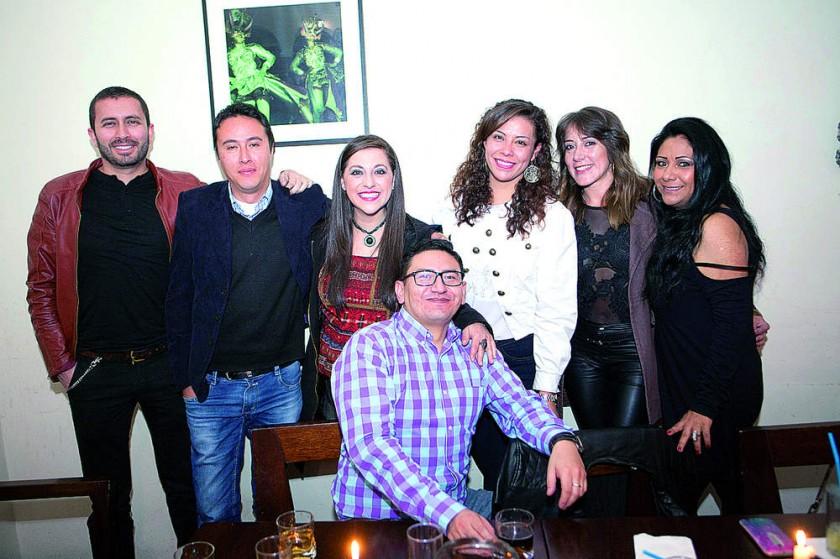 Daniel Kirigin, Sergio Romero, Fabiola Raslán, Sergio Salazar, Andrea Serrudo,  Francesca Oña y Geovana Córdoba..