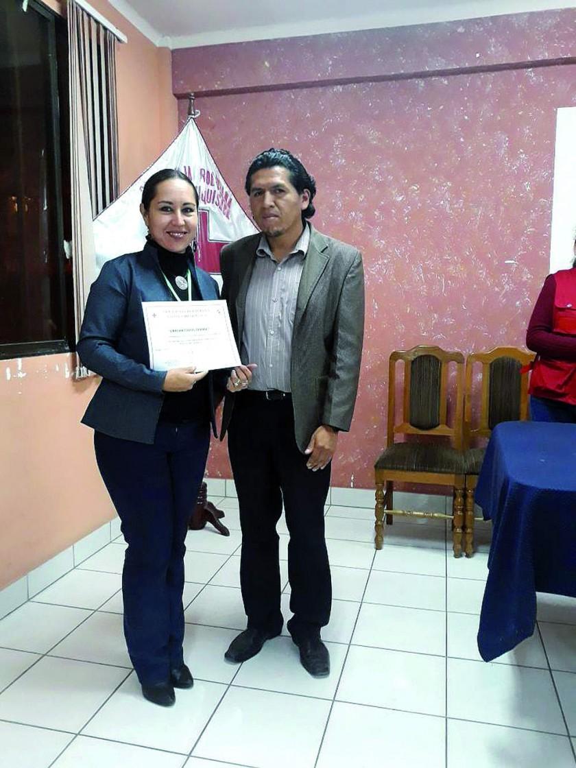 Nataly Severich (Lab. Terbol)  y Reynaldo Quintanilla.