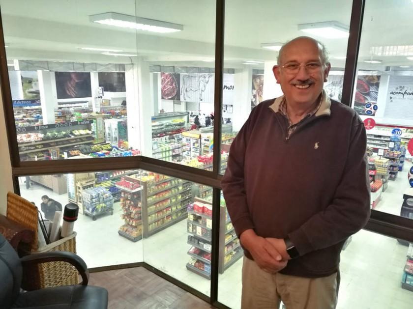 El actual 'super' SAS y su propietario, el empresario Gonzalo Argandoña. CAPITALES
