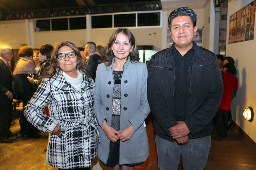 Rosario Flores, Faviola Donoso y Pedro Salazar.