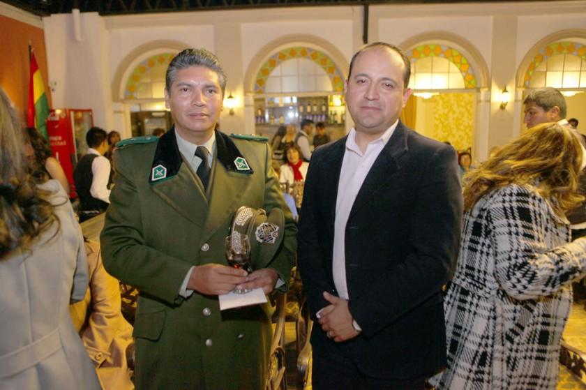 Mayor Cristian Valdivia y Mayor Raúl Quiroz.