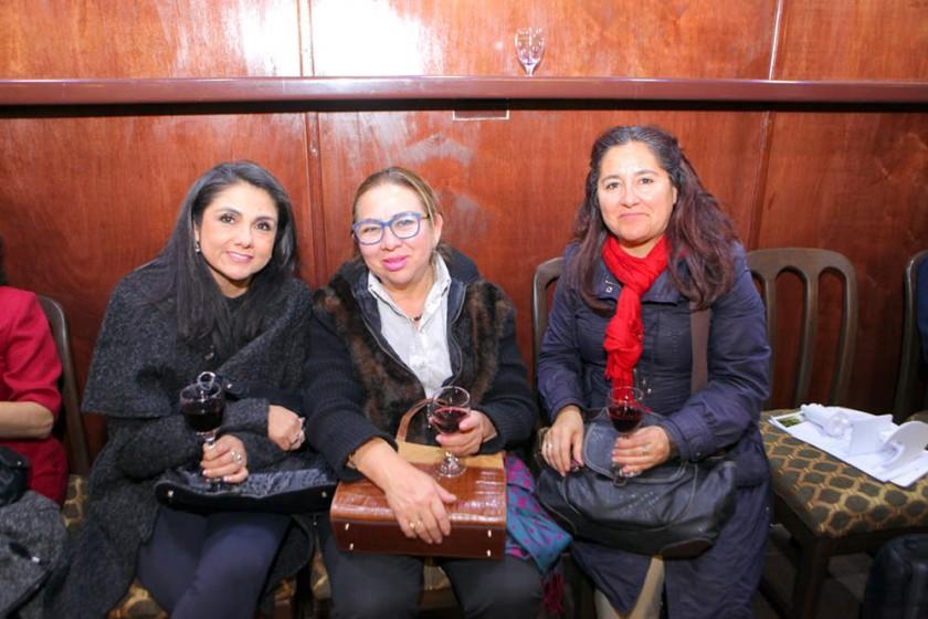 Ruth La Fuente, Teresa Rosquellas y Soren Rendón.