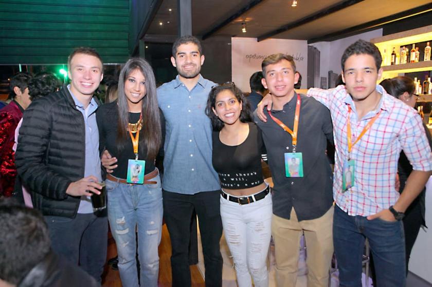 Koli, Cami, Ale, Valentina, Rodrigo y Andrés.
