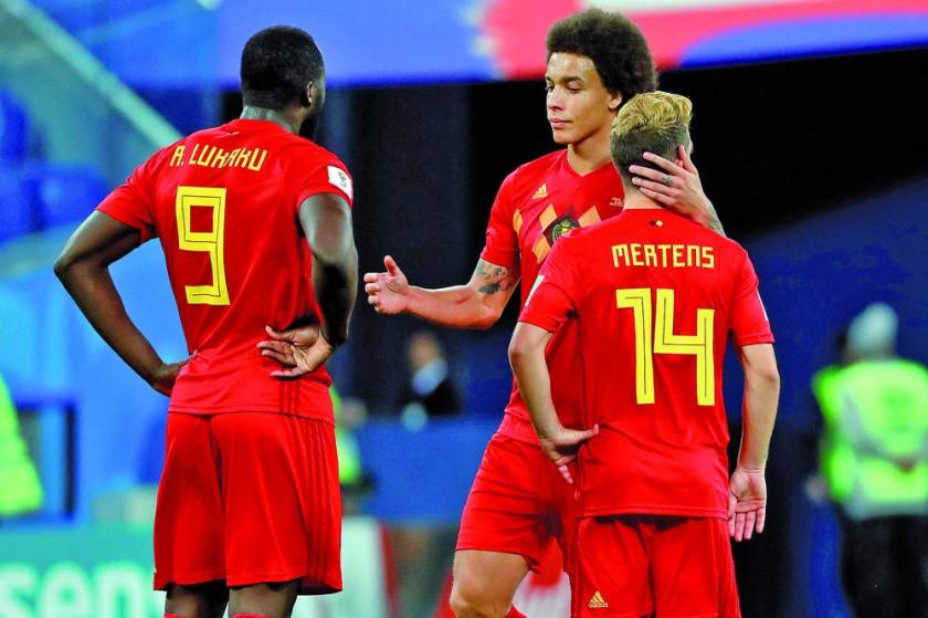 La desazón de los futbolistas belgas tras la derrota en semifinales.