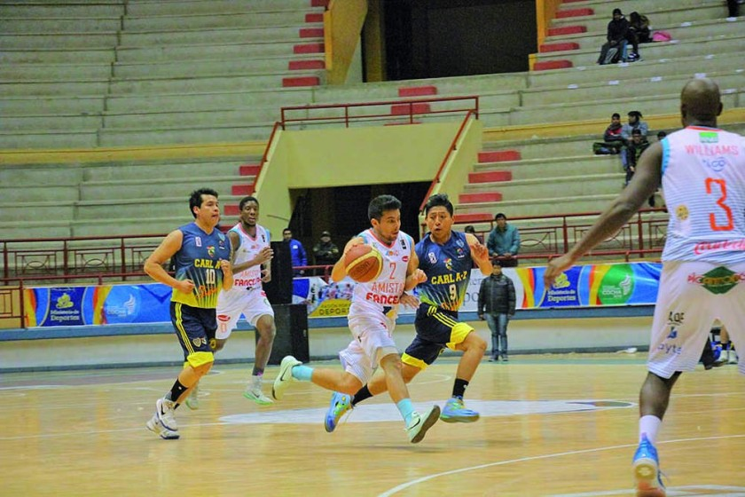 El cuadro chuquisaqueño consiguió su tercera victoria en el Polideportivo de Garcilazo frente a Carl A-Z de Oruro...