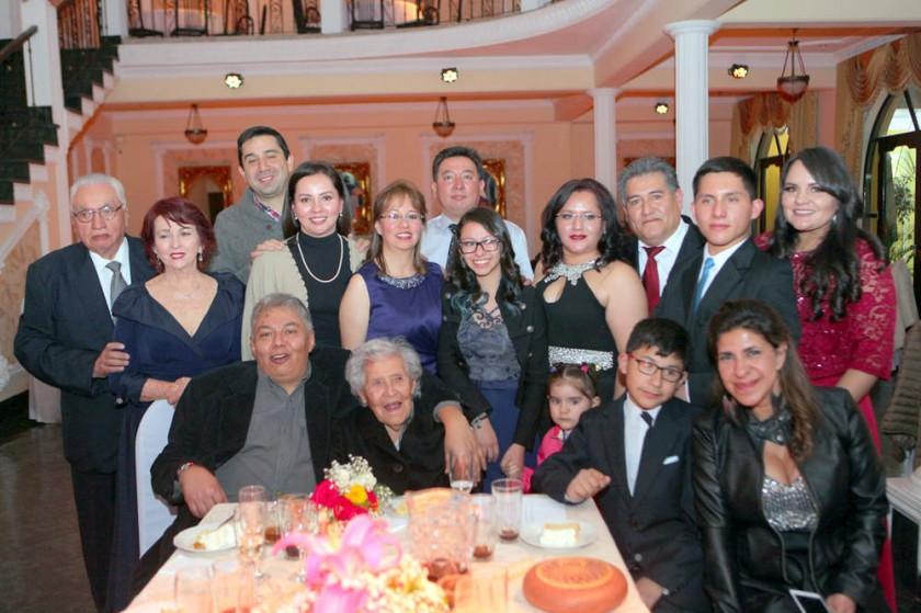 Familia Nogales Balanza.