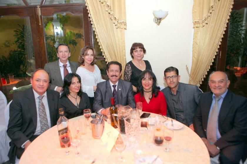 Amigos de la agasajada, Familia Ortiz.