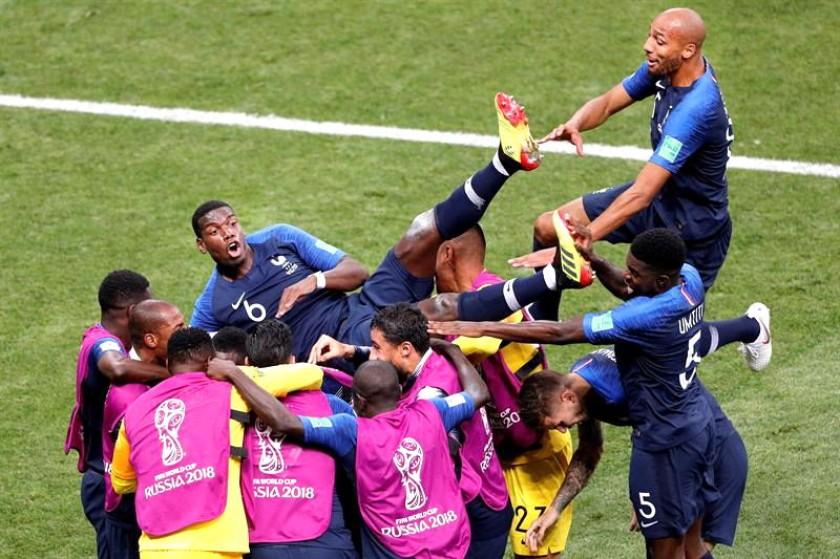 Una de las celebraciones del conjunto francés. EFE
