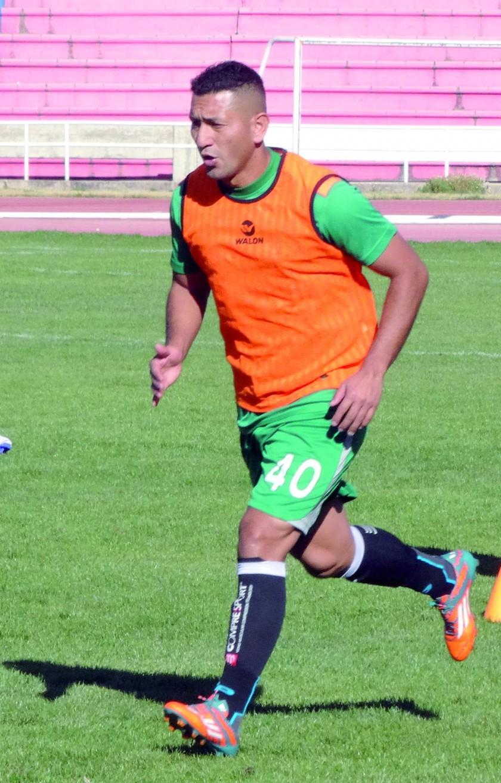 El defensor Jefferson Lopes, el delantero Pablo Salinas y el lateral Andrés Jiménez cumplieron ayer su segunda...