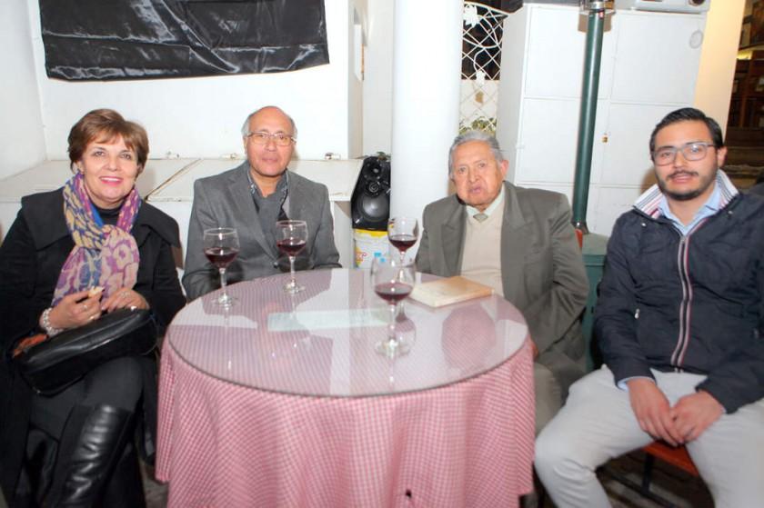 Rosario Rodríguez, Gustavo Torres, Walter Bernal y Gustavo Torres Jr.