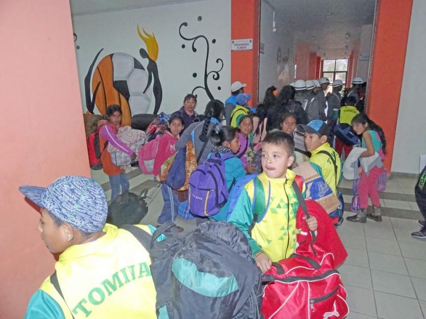 Estudiantes de los municipios llegaron ayer a la Capital.