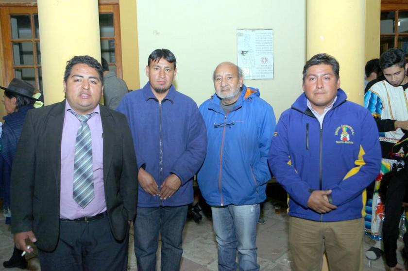 Juan Carlos Ortiz (Morenada Fanáticos), Rogelio Gómez (Intocables), Vicente Vargas  (Canto Sur) y Eber Condori (Unión Co