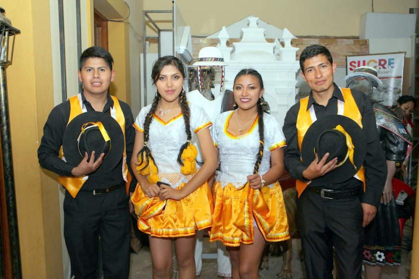 Salay Sucre: Alex Cabero, Dayana Arancibia, Andrea Yave y Marco Torrico.