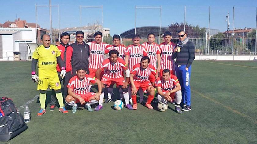 Los elencos conformados por residentes chuquisaqueños defienden los colores de Independiente en varios campeonatos...