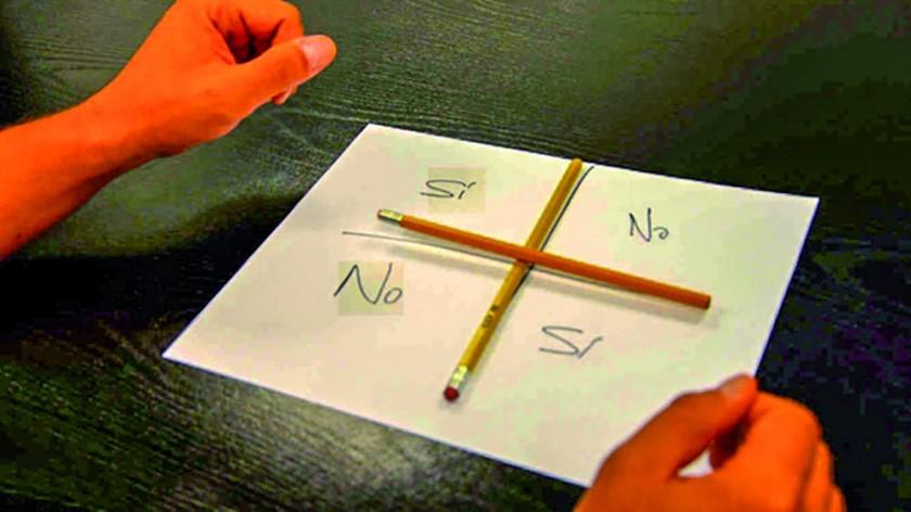 11 #CharlieCharlieChallenge