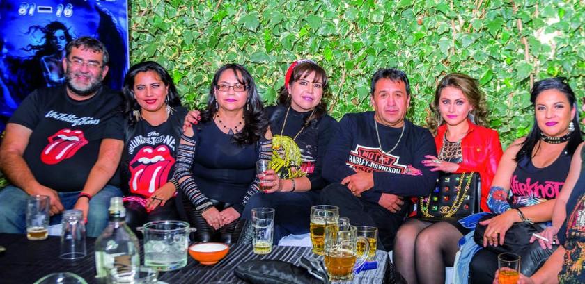 Carlos, Mónica, Judith, Marina, Jorge, Wilma y Claudia.
