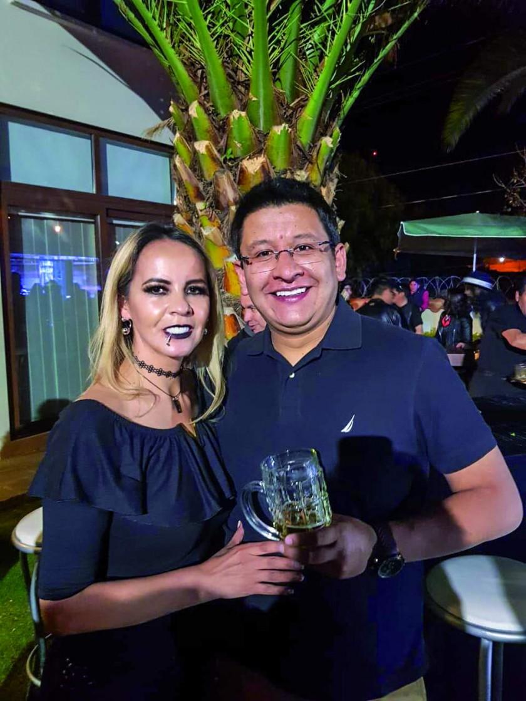Vivian y Pablo Cuenca.
