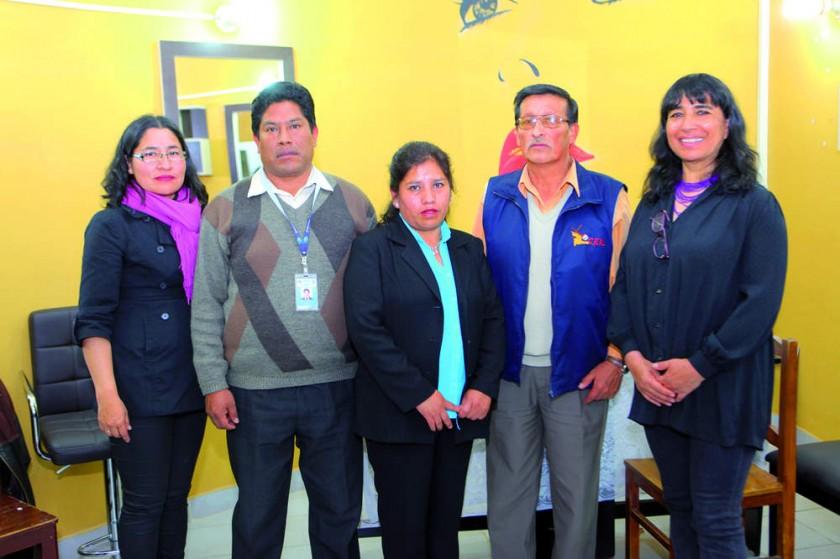 Margareth López, Técnica Fe y Alegría; Sandro Torrico, Subdirector de Educación Alternativa; Gladys Pinto, directora CEA