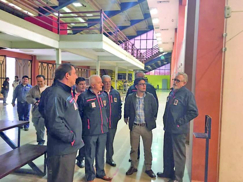 Los personeros de la Organización Deportiva Bolivariana visitaron ayer el estadio Patria, el complejo de raquetbol...