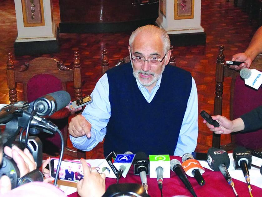 Mesa reaviva en Sucre interés de defensores del No a la reelección