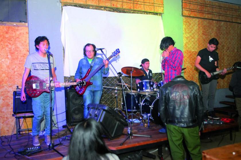 Binaural en el escenario.
